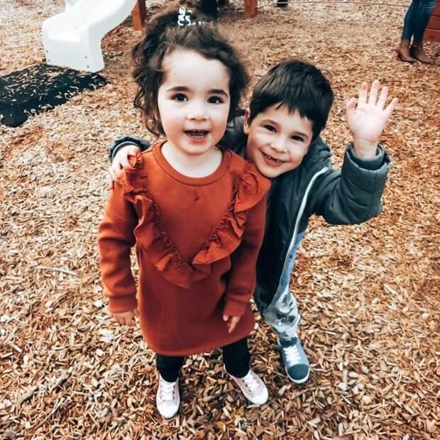 Блогершу изАвстралии раскритиковали зато, что еечетырехлетняя дочь все еще носит подгузники