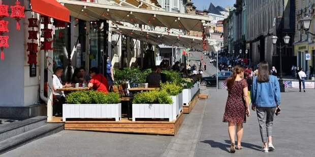 Столичные магазины и рестораны сохранят обычный график работы на протяжении праздников