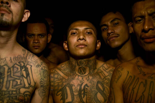 prison06 Латиноамериканские тюрьмы: мужская и женская