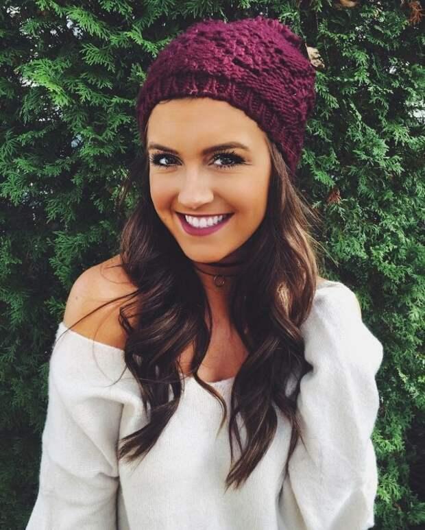 Красивые девушки улыбаются девушки, красота, молодость, улыбка