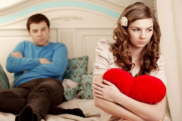 10 признаков того, что вы в отношениях, которые пора заканчивать