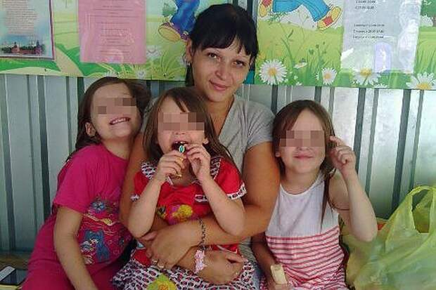 Мамины дочки: Ирина Байкова с Ксенией, Алиной и Лидой