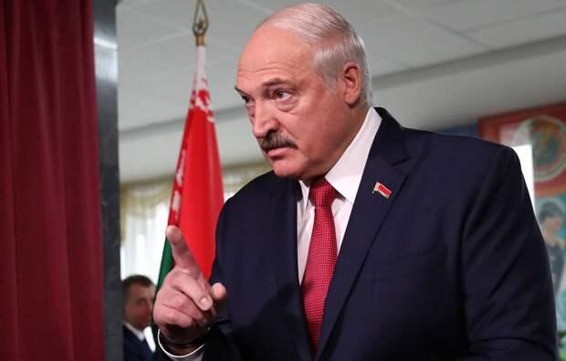 Лукашенко пригрозил ответить на санкции «зажравшихся» Польши и Литвы