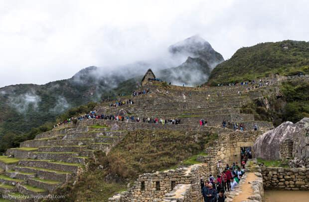 Как зарабатывать 10 миллионов в день на старых камнях. Опыт Перу