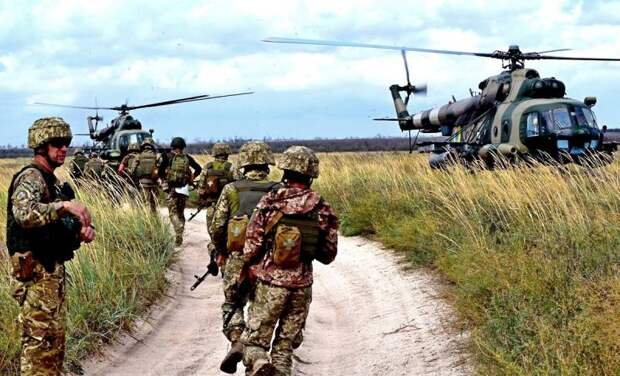 Разрываясь между войной и «майданом», Украина выбрала войну