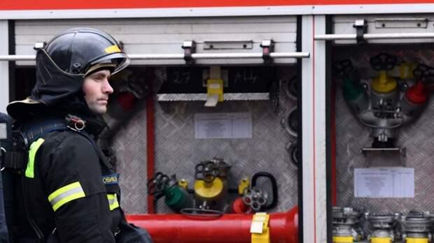 В городе Павловск Воронежской области в торговом центре произошел взрыв без пожара