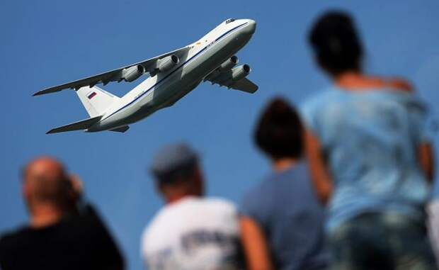 "На фото: тяжелый дальний транспортный самолет Ан-124 ""Руслан"""