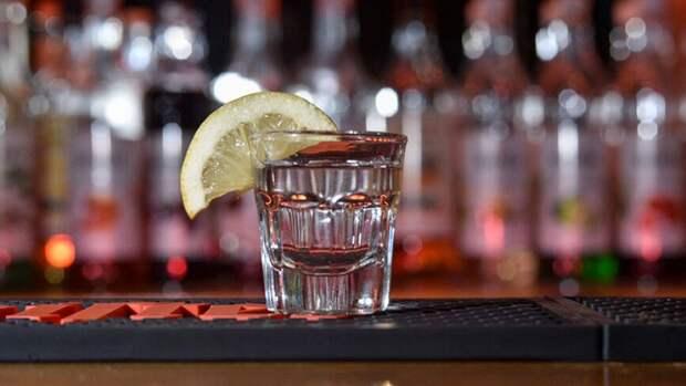 Выпитый за раз литр алкоголя может привести человека к смерти