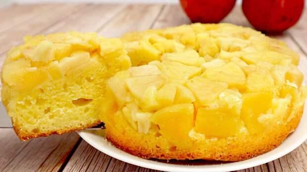 Самый простой яблочный пирог на кефире от Евгения Клопотенко: рецепт за копейки