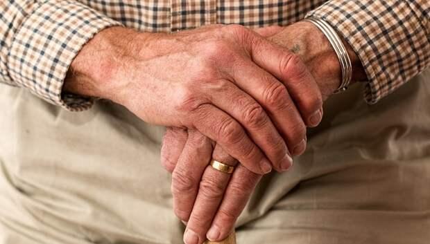 Пожилые и больные жители Подмосковья теперь обязаны находиться дома