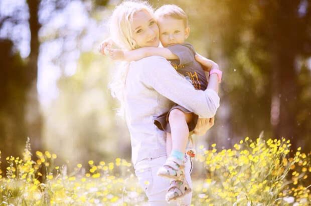 Семь причин, которые заставляют детей сомневаться в родительской любви