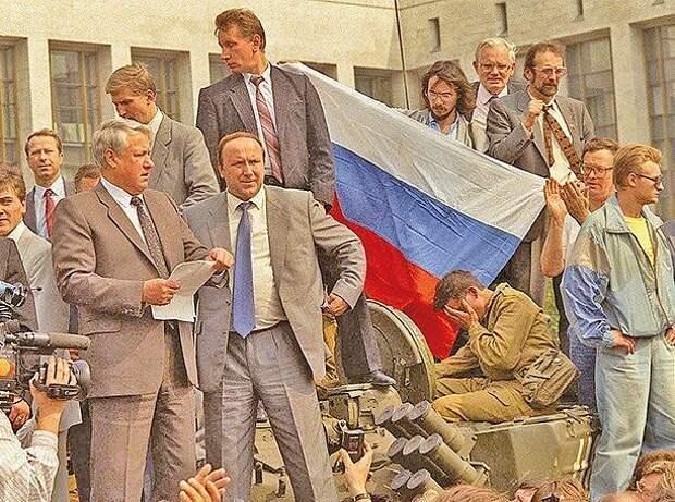 А правда ли, что Горбачёв был одним из организаторов ГКЧП?