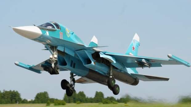В Сети высмеяли пост американского сенатора, поздравившей ВВС США картинкой Су-34 ВКС РФ