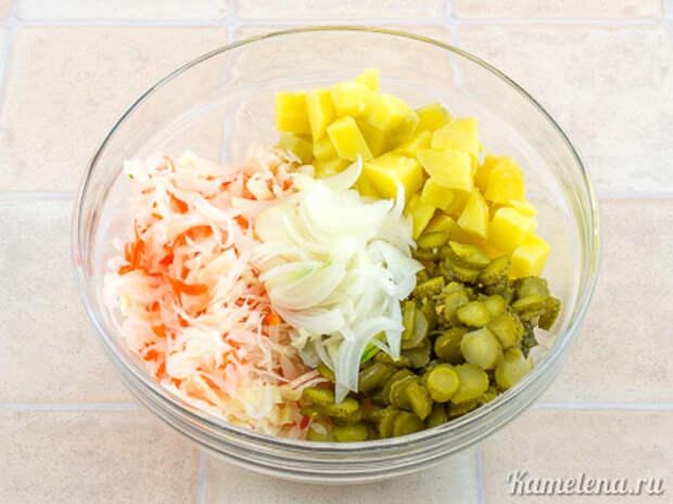 Картофельный салат с квашеной капустой — 1 шаг