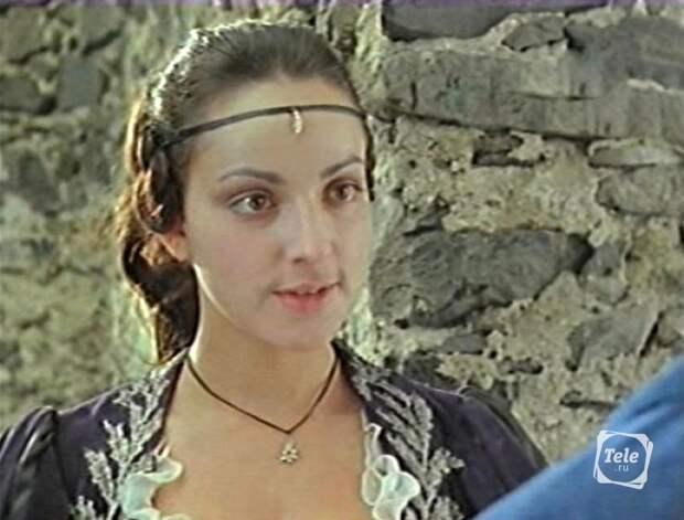 Кадр из фильма «Дуэнья». Марина Ливанова в роли Леоноры