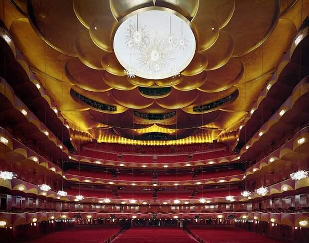 opera_theatre12.jpg