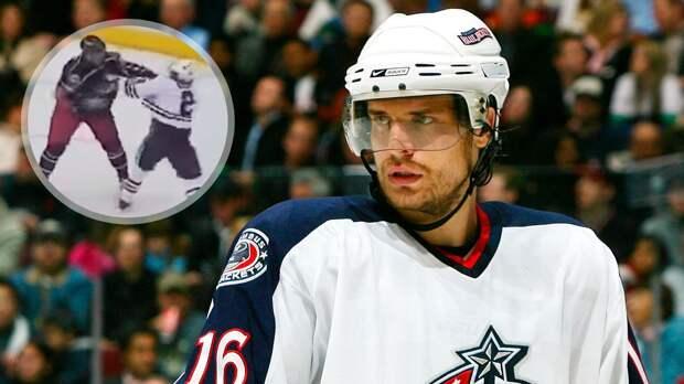 Знаменитая драка русского хоккеиста в США. Свитов бил олимпийского чемпиона Кита, пока тот не упал на лед: видео