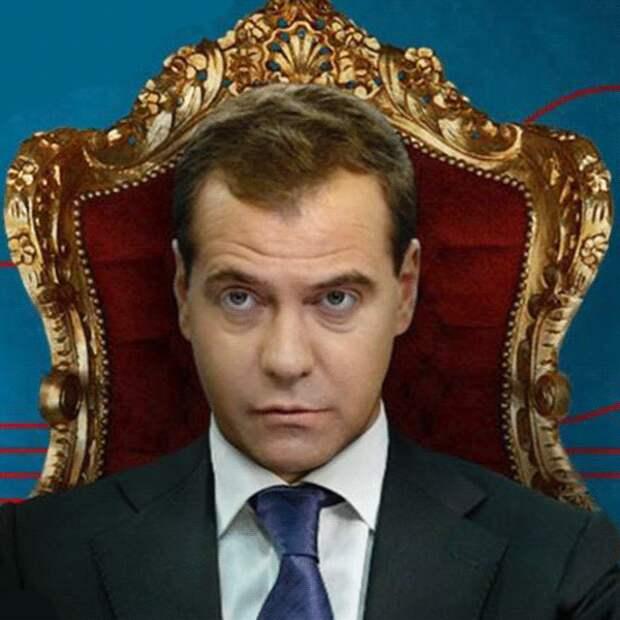 """Суд обязал Навального удалить фильм """"Он вам не Димон"""""""