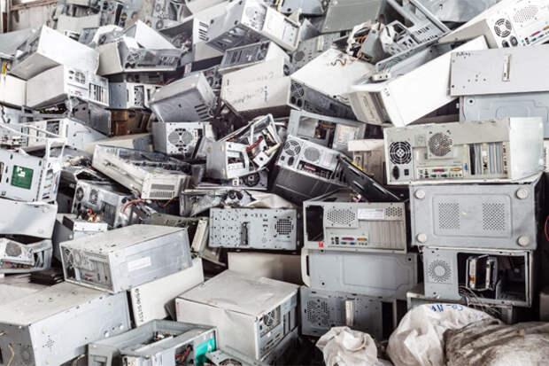 Власти Китая полностью откажутся от американских компьютеров