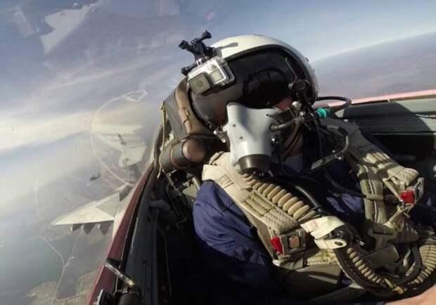 Над Ереваном пронеслись три МиГ-29 без опознавательных знаков