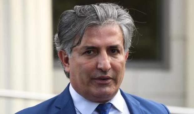 Бывший адвокат Ефремова Пашаев после ДТП с Ксенией Собчак заявил, что «водитель сам никогда на встречку не поедет»