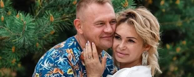 Супруга Степана Меньщикова простила изменившего ей мужа