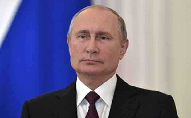 Путин: Россия с Украиной не ругалась. Украинский народ как был нашим братским народом, так и останется на века