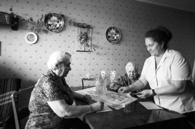 120 рублей для полного счастья. Какую пенсию получали советские пенсионеры?