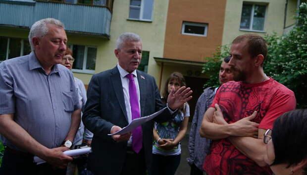Совет депутатов Подольска рассмотрит ситуацию с ремонтом подъездов в Дубровицах