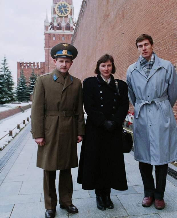 Анатолий Арцебарский, Хелен Шарман и Сергей Крикалев. 1991 год Фото: фотохроника ТАСС.