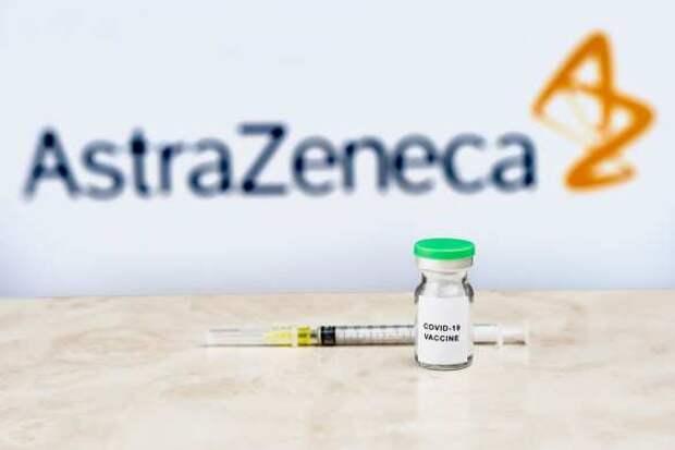 Поляки массово отказываются вакцинироваться опасной AstraZeneca
