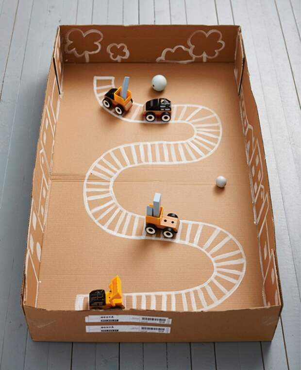Дорога в картонной коробке