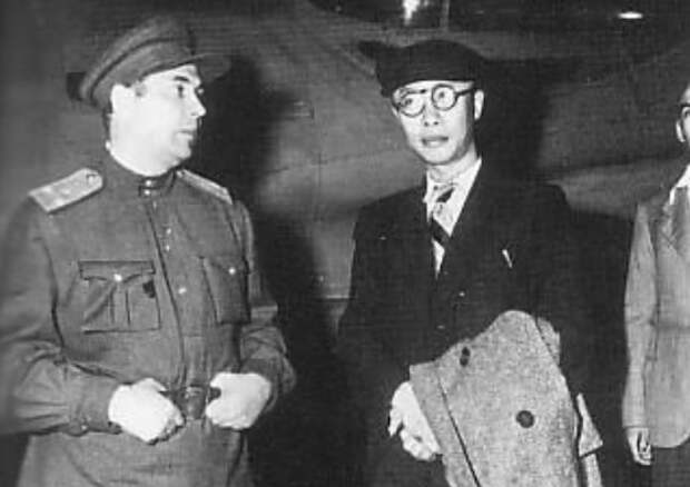 Как советские десантники захватили в плен последнего императора Китая