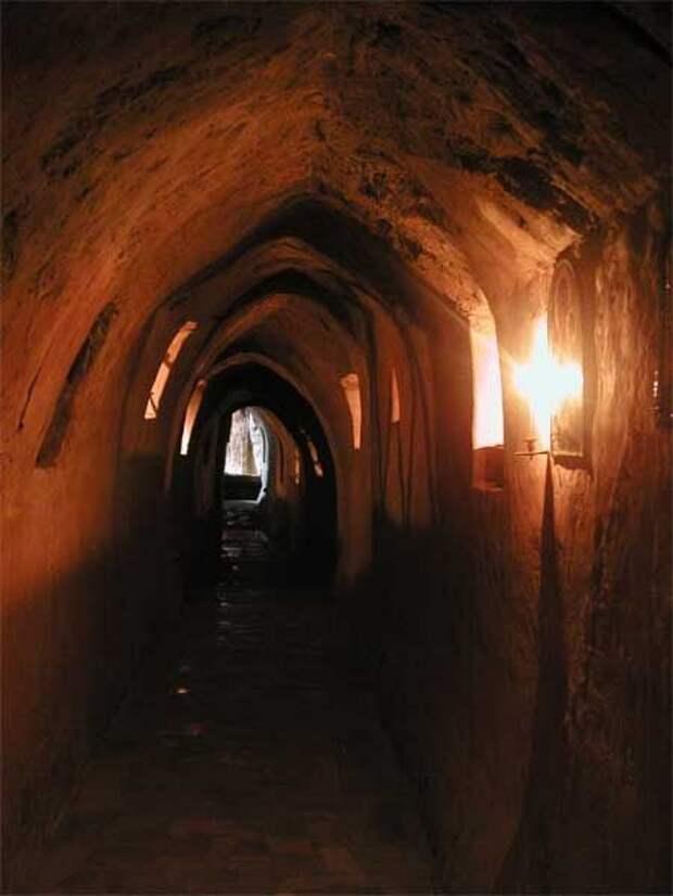 Запретные темы истории. Древность киевских пещер