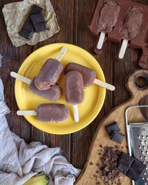 Всего два ингредиента! Готовим простое мороженое дома