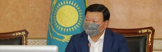 Когда в Казахстане начнут вакцинировать детей