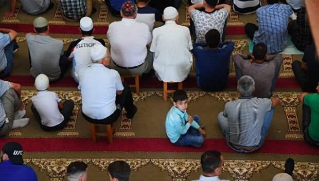 В мечетях Крыма прошел праздничный намаз