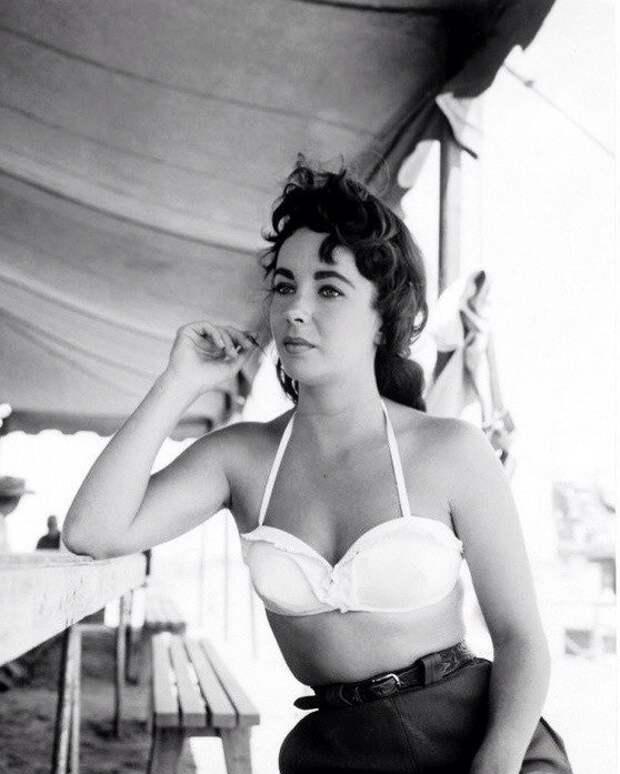"""Элизабет Тейлор на съемках фильма """"Гигант"""" (1956)"""