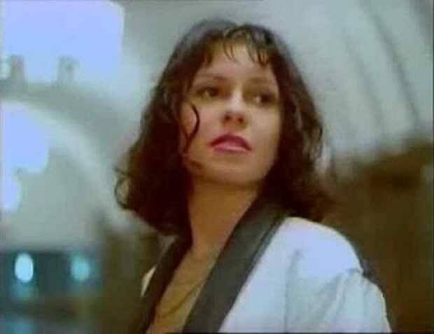 Наталья Штурм: куда пропала исполнительница хита 90-х «Школьный роман»