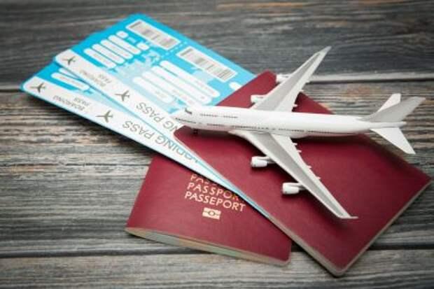 Россия с 24 июля возобновит авиасообщение с Францией и Чехией