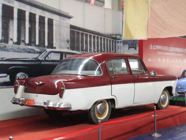 Dongfanghong BJ760 – китайская версия советской «Волги» ГАЗ-21. | Фото: carakoom.com.