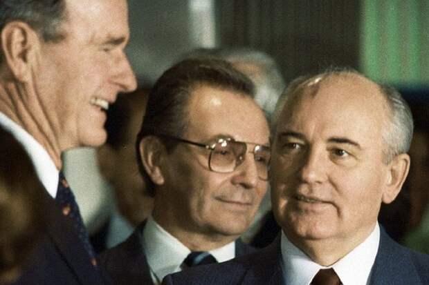 Михаил Горбачев мог сохранить СССР в августе 1991 года