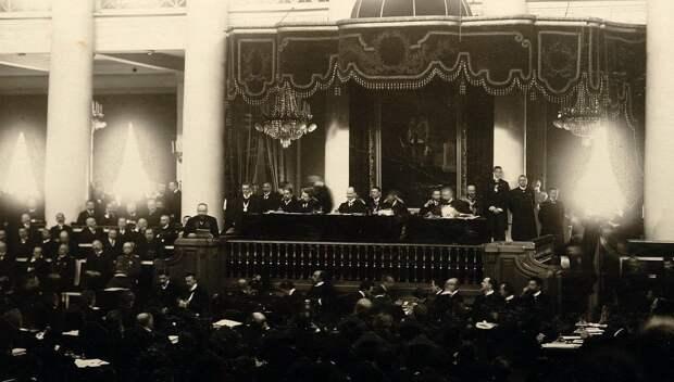 П.А. Столыпин произносит речь с трибуны во Второй Государственной Думе 6 Марта 1907 г. Фрагмент фото