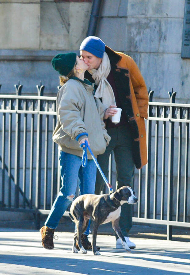 Сиенна и Лукас на прогулке в Нью-Йорке