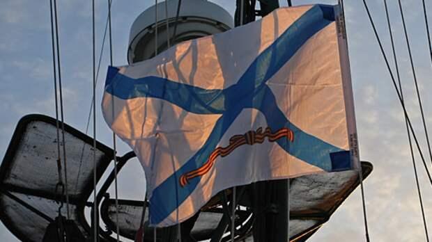 Российские корабли вышли на военные учения в Каспийское море