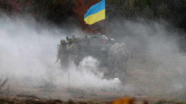 Киев мобилизует в Донбасс почти полтысячи офицеров запаса
