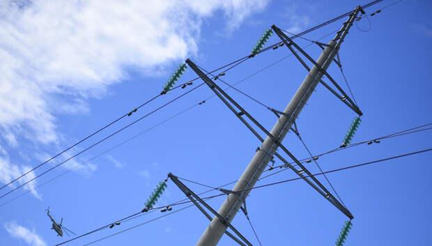 В Подольске натянули провода электропередач после жалобы жителя