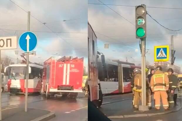 Число пострадавших при столкновении трамваев вПетербурге увеличилось до16