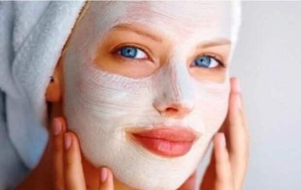 Бьюти-рутина: как правильно пользоваться тканевыми, кремовыми и глиняными масками?