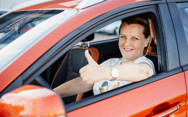 Крутой парень, самоуверенный тихоход, первый желанный… – женский взгляд на машины